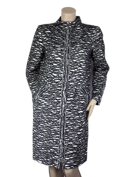 Coat CHANEL Black-White Tweed Size XL