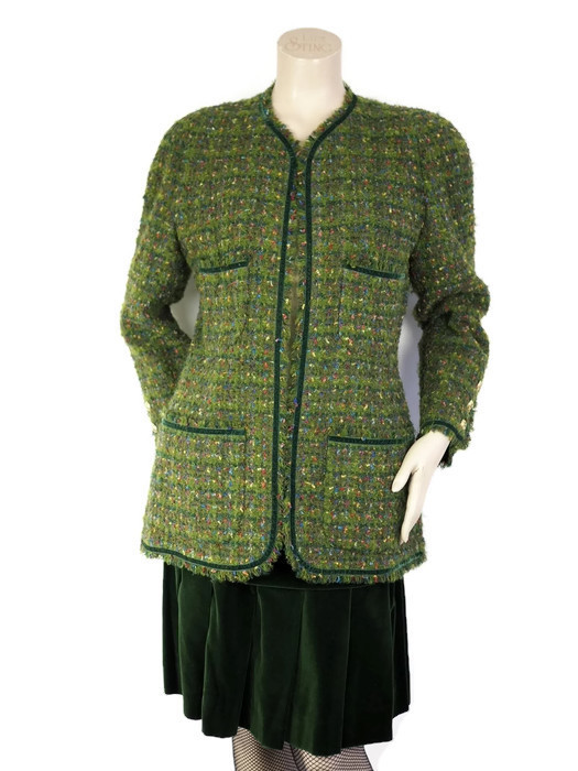 Suit CHANEL Vintage Tweed Velour Green Size XL