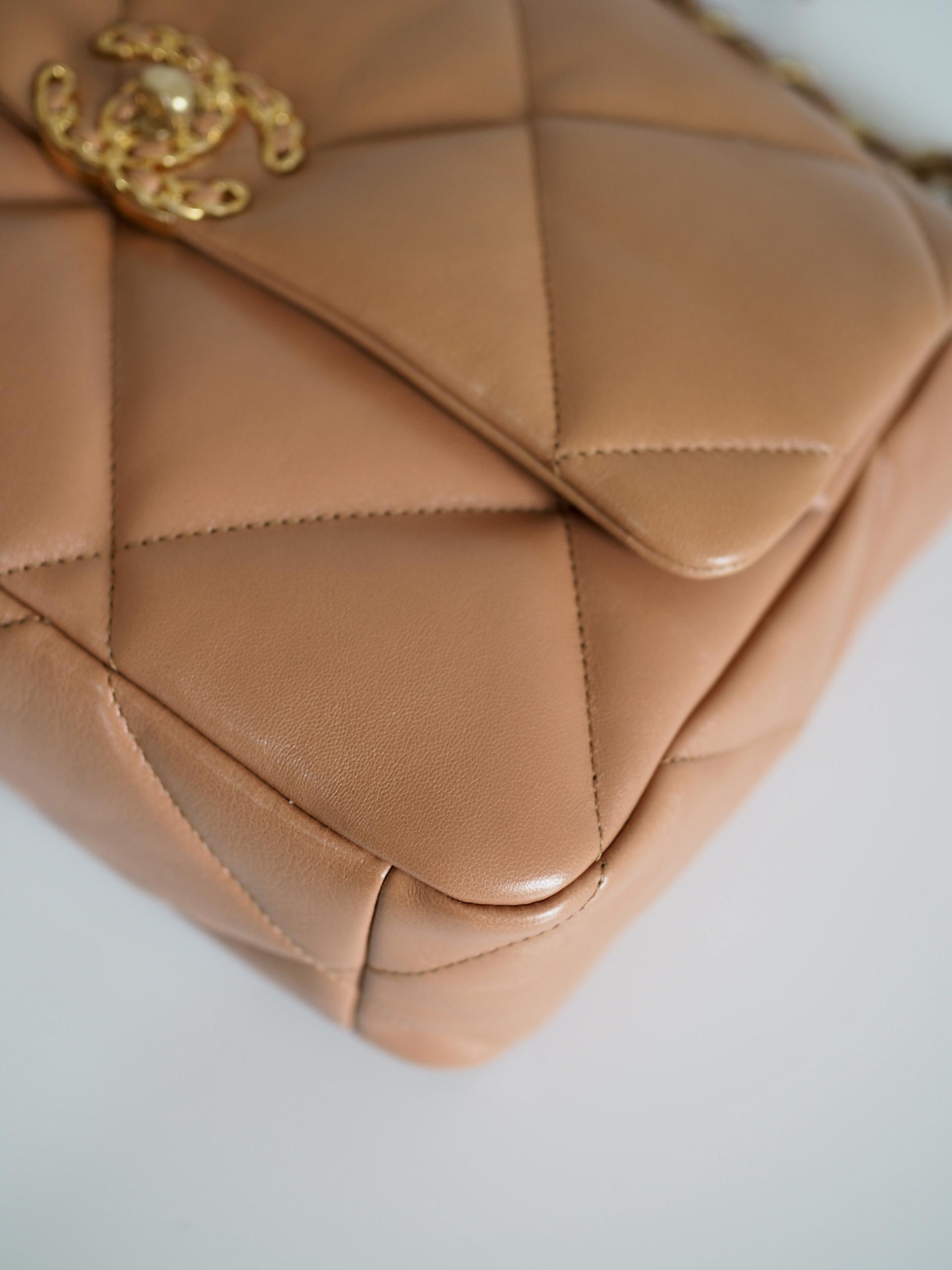 Bag CHANEL 19 Large Caramel Lambskin Gold Ruthenium Hardware